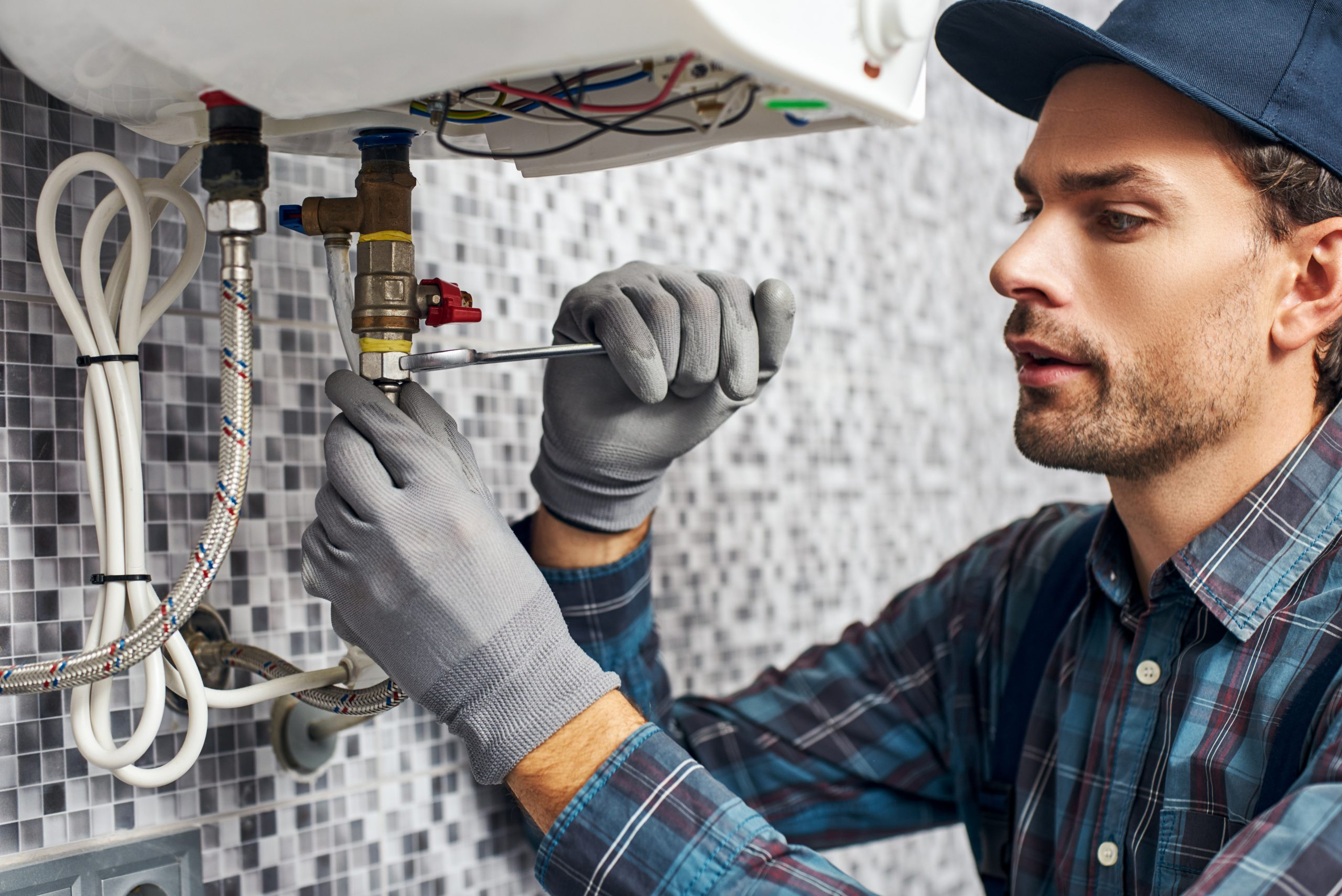 Plumbing – When to Call the Experts
